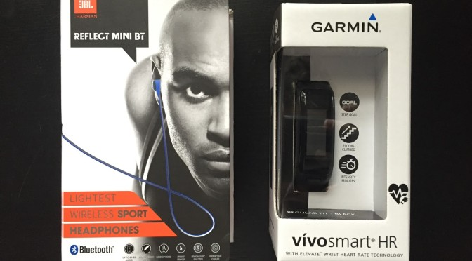Vivosmart HR? And awful bluetooth earbuds! A review for fitness rookies.